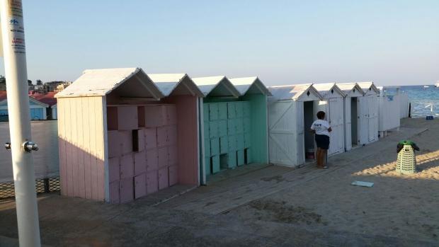 Mondello strandhuisjes Sicilie go with the vlo