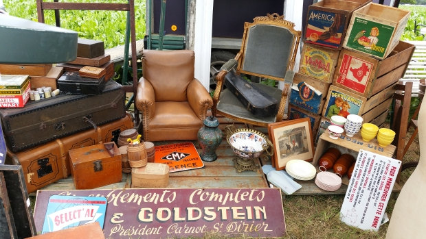 Temploux brocante kisten go with the vlo