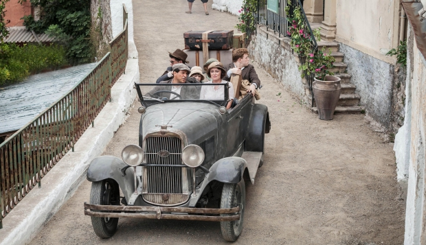 the-durrells-oldtimer-go-with-the-vlo