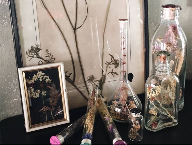 emporium-of-wonders-bloemen-go-with-the-vlo