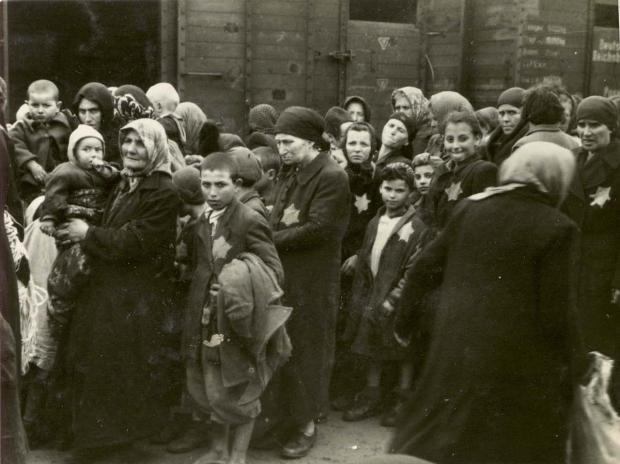 auschwitz-kinderen-trein-go-with-the-vlo