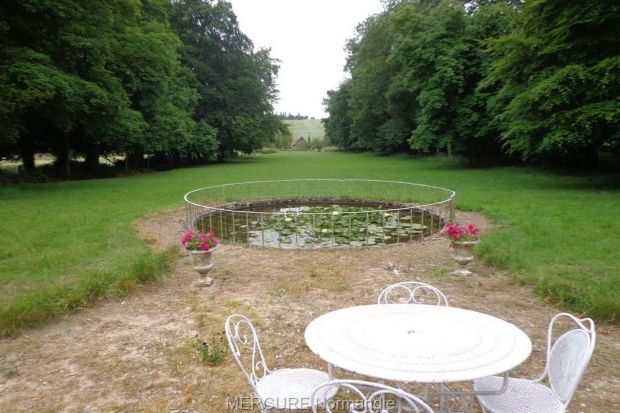 neufchatel-en-bray-chateau-tuin-go-with-the-vlo