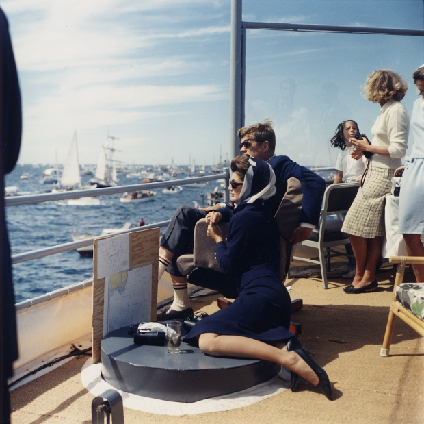 jackie-john-kennedy-president-go-with-the-vlo