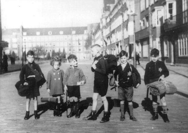 joodse-kinderen-stad-in-oorlog-amsterdam-go-with-the-vlo