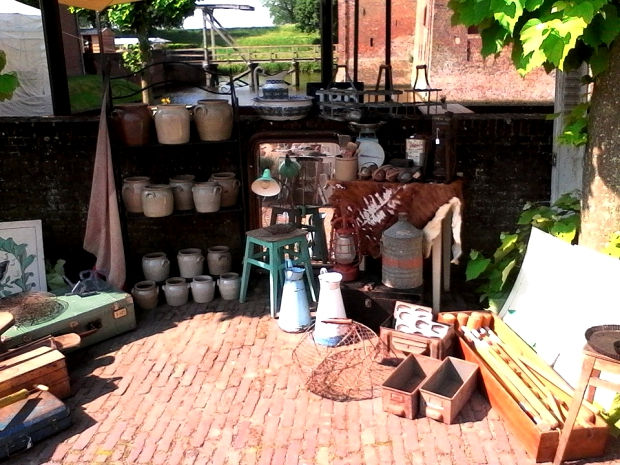 brocante-markt-slot-loevestein-go-with-the-vlo