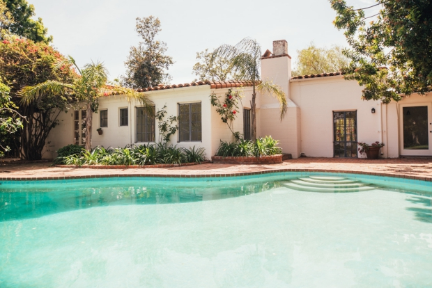 marilyn-monroe-bungalow-brentwood-zwembad-go-with-the-vlo