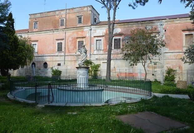 puglia-barletta-villa-bonelli-gratis-huizen-go-with-the-vlo