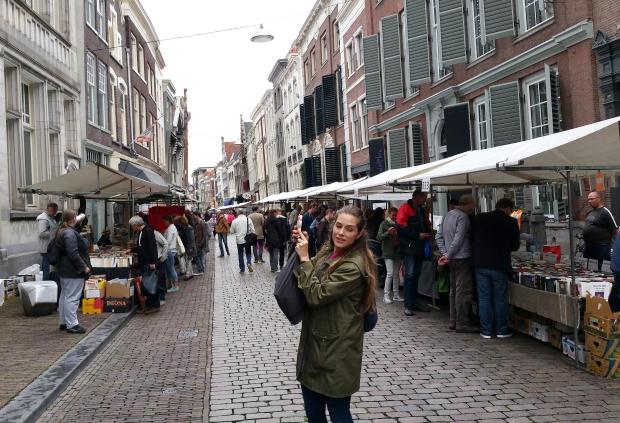 dordtse-boekenmarkt-liesbeth-oeseburg-go-with-the-vlo