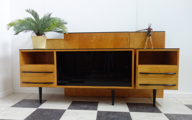 vintage-dressoir-royal-crown-obdam-go-with-the-vlo