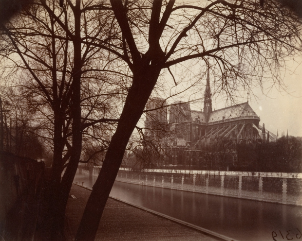 eugene-atget-parijs-halloween-go-with-the-vlo