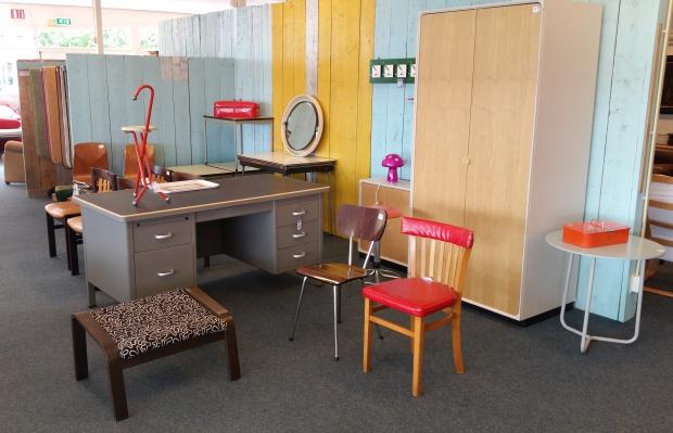 het-goed-emmeloord-kringloop-meubels-go-with-the-vlo