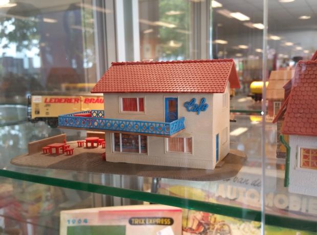 kringloopwinkel-het-goed-cafe-go-with-the-vlo