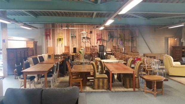 het-goed-eindhoven-meubels-tweedehands-go-with-the-vlo