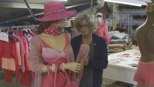 het-succes-van-de-kringloopwinkel-lingerie-go-with-the-vlo