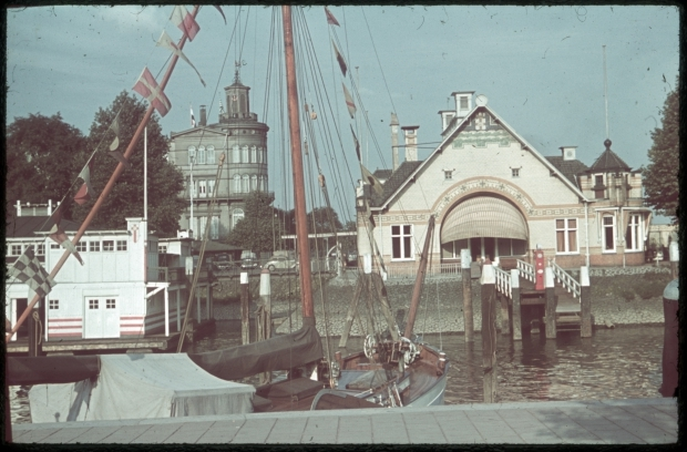 veerhaven-richard-boske-kleurenfoto-jaren-dertig-stadsarchief-rotterdam-go-with-the-vlo-2