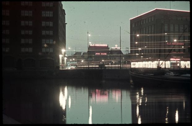zeevischmarkt-rotterdam-richard-boske-avond-voor-oorlog-go-with-the-vlo