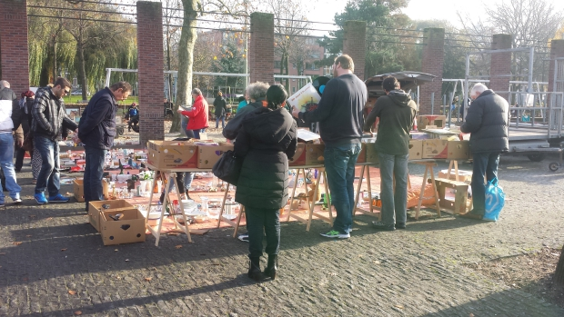 Heemraadsplein Rotterdam platen vintage rommelmarkt go with the vlo