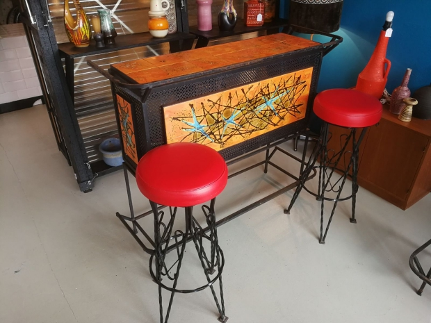 OKER Vintage Interior Eindhoven bar te koop go with the vlo