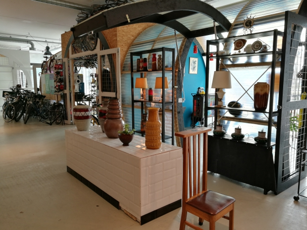 OKER Vintage Interior Eindhoven interieur go with the vlo