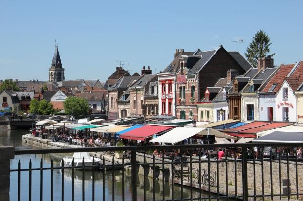 grande-rederie-amiens-vlooienmarkt-kade-go-with-the-vlo