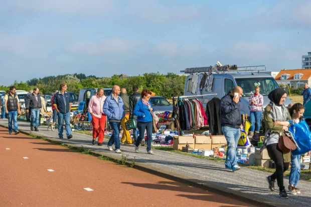 Kofferbakverkoop Hoek van Holland tweedehands go with the vlo