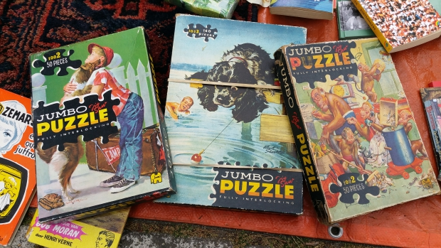 Apollolaan vrijmarkt Amsterdam puzzels Koningsdag go with the vlo