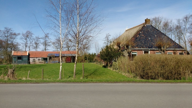 Friesland boerderij Driezum tuin go with the vlo