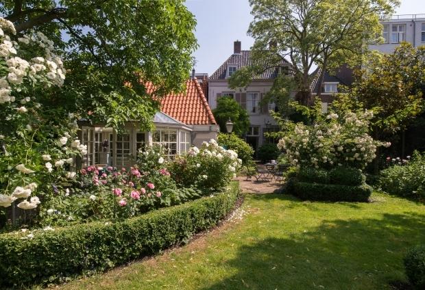 Herenhuis Hoorn landelijk wonen makelaars Buitenstate go with the vlo