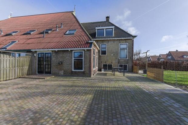 Luinjeberd boerderij Friesland gevel go with the vlo