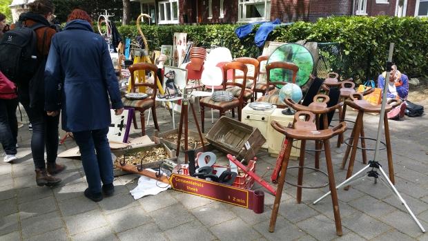 Vrijmarkt Apollolaan Amsterdam-Zuid meubels go with the vlo