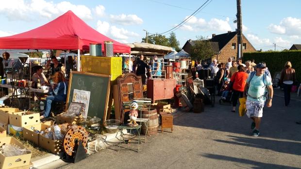 Brocante de Temploux België antiek vlooienmarkt go with the vlo