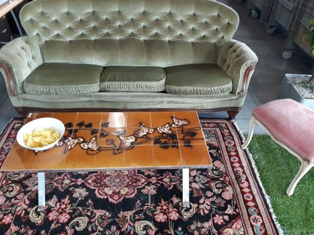 KiloMeet kringloop meubels tweedehands België vintage go with the vlo