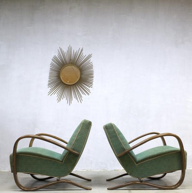 Bestwelhip Jindrich Halabala fauteuils Bestwelhip go with the vlo