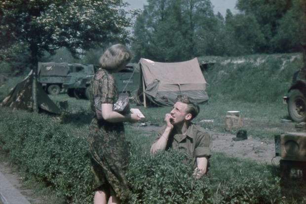Canadees oorlog Heemraadssingel 1945 Stadsarchief Rotterdam R. Boske go with the vlo