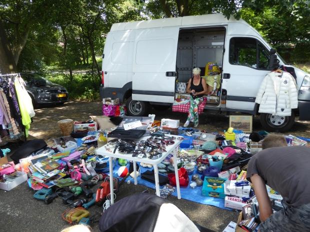 Kofferbakverkopen Apeldoorns Kanaal klachten go with the vlo
