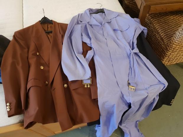 Kringloop Laakhaven Den Haag vintage colbert jumpsuit go with the vlo