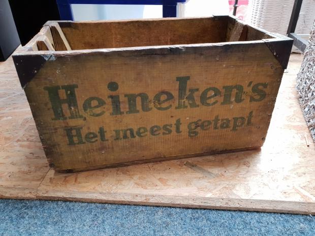Oud Heineken bierkrat Het Goed kringloop go with the vlo