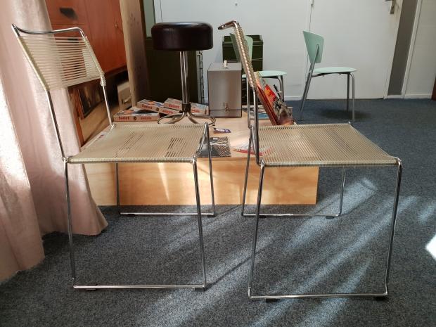 Vintage draadstoelen Het Goed Vlaardingen kringloop go with the vlo