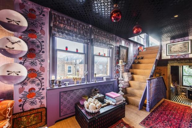 Binnenkijker Londen huis trap Henry Wilson go with the vlo