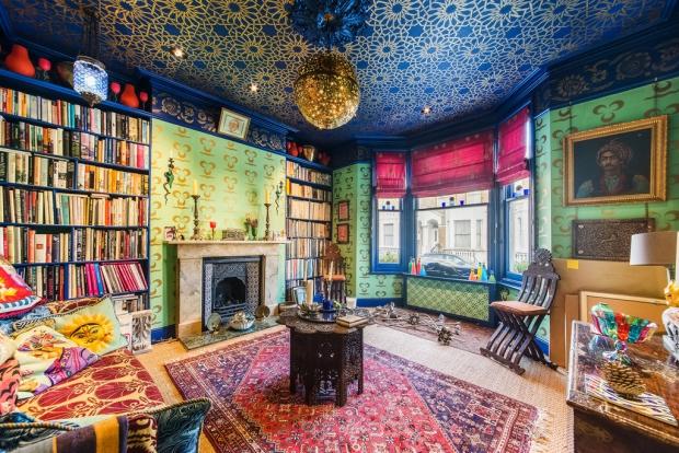 Binnenkijker Londen huis woonkamer Henry Wilson go with the vlo