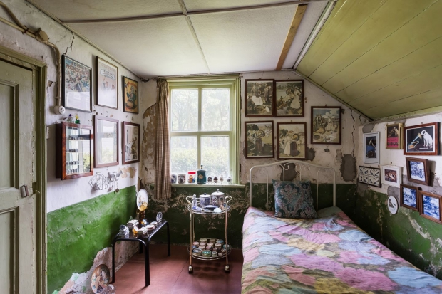 Hallenhuisboerderij Nijmegen slaapkamer tijdcapsule go with the vlo