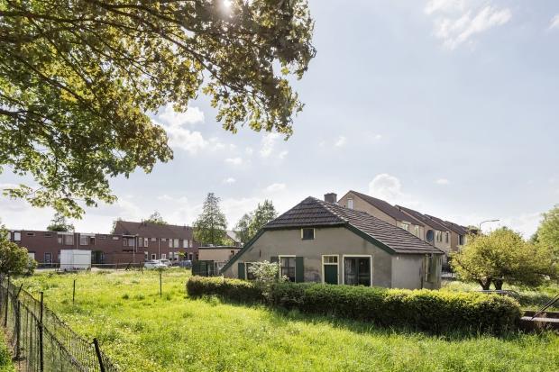 Hallenhuisboerderij Nijmegen tuin tijdcapsule go with the vlo