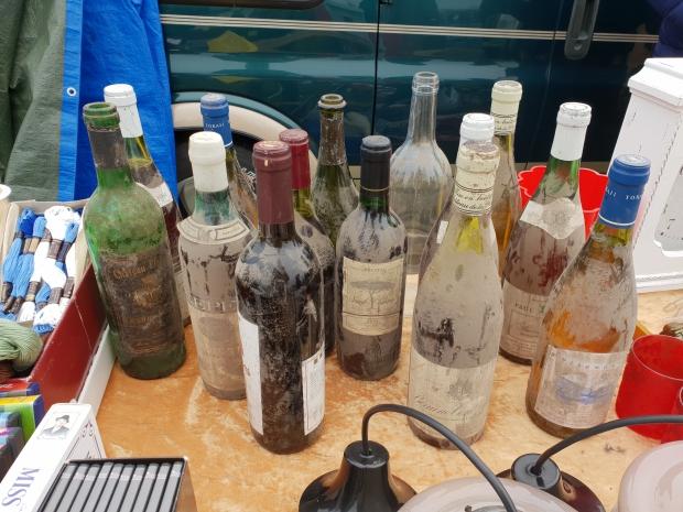 Vintage drank vlooienmarkt oud en nieuw 2018 go with the vlo