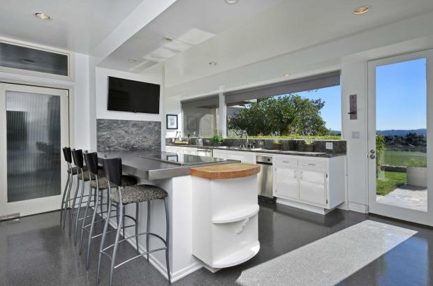 Byrdview Frank Sinatra midcentury modern keuken binnenkijker go with the vlo