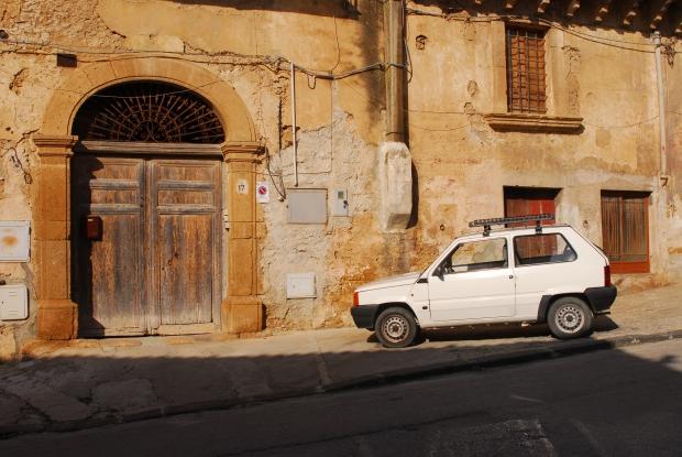 Sambuca Sicilië wonen huizen 1 euro Italië go with the vlo