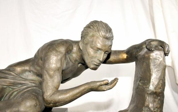 Art deco beeld man jaren twintig reparatie go with thevlo