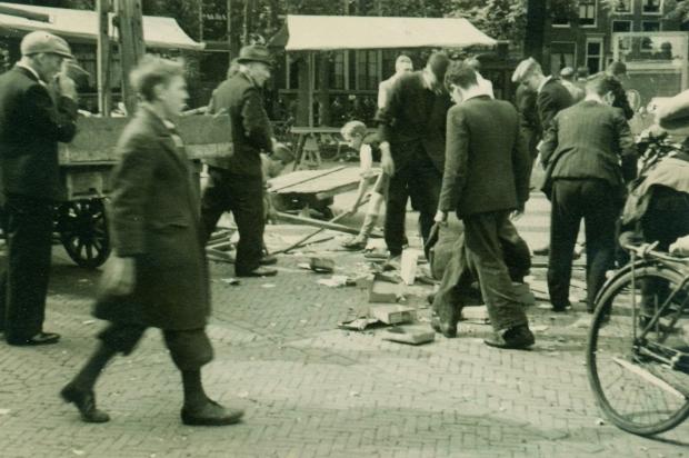 De Jodenvervolging in foto's Tweede Wereldoorlog boek go with the vlo