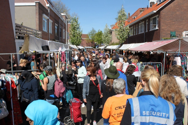Lombok Straatfeesten Utrecht rommelmarkt go with the vlo