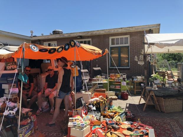 MESS Markt vintage tweedehands go with the vlo