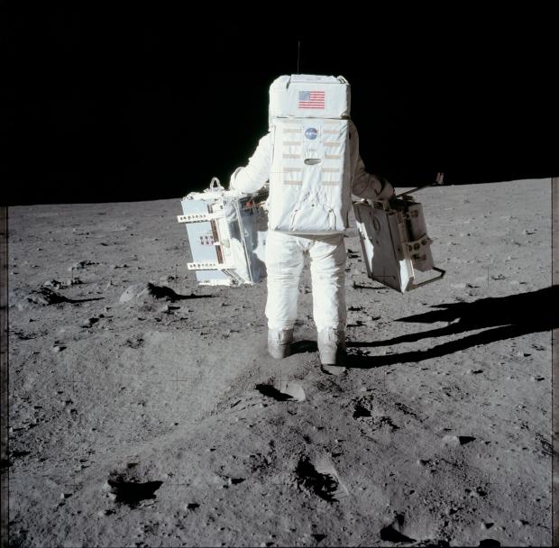 Apollo 11 astronaut maanlanding 1969 onderzoek go with the vlo